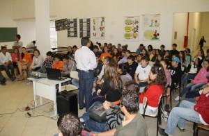 Ação do programa na Escola Roldão