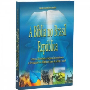 A_Bíblia_no_Brasil_Republica-700x700 (1)